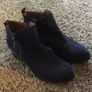 Lucky Brand Navy Suede Ankle Booties size 6